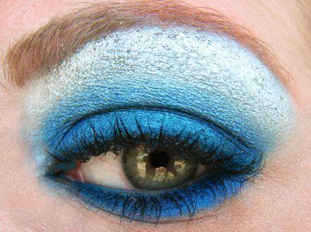 efektowny makijaż oczu i powiek